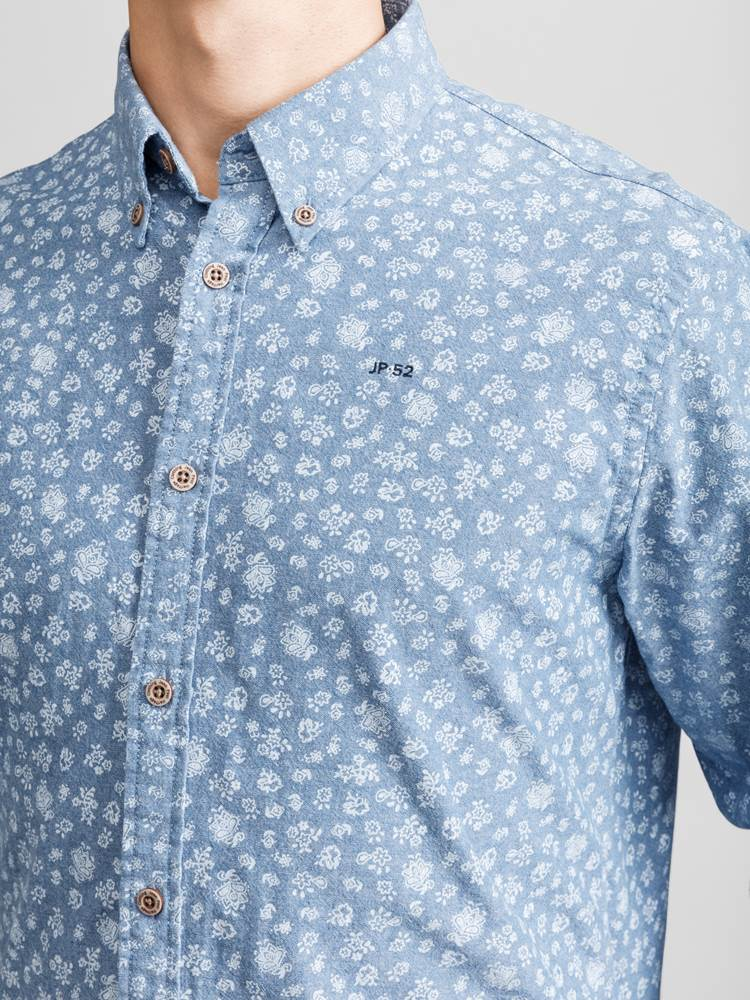 Heritage Chambray Skjorte 7232303_JEAN PAUL_HERITAGE CHAMBRAY SHIRT_DETAIL_L_EGW_Heritage Chambray Skjorte EGW.jpg_Right||Right