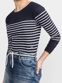 Beatrice Jersey 7236507_EM6-JEANPAULFEMME-S19-Modell-front_41487_Beatrice Jersey EM6.jpg_Front||Front