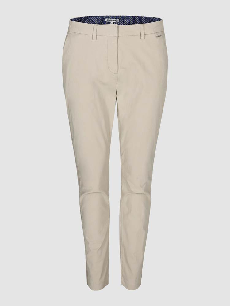 Caroline Chino 7236883_I4Y-JEANPAULFEMME-S19-front_Caroline Chino_Caroline Chino I4Y.jpg_Front||Front