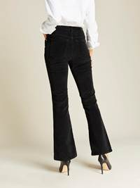 Sabine Cord Flare Pant 7239744_CAB-JEANPAULFEMME-A19-Modell-back_52382_Sabine Cord Flare Pant CAB.jpg_Back||Back