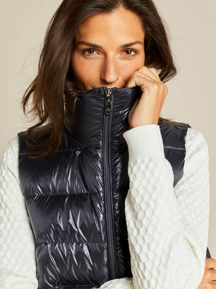 Louisa Downvest 7239115_EHH-JEANPAULFEMME-A19-Modell-front_19207_Louisa Downvest EHH.jpg_Front  Front
