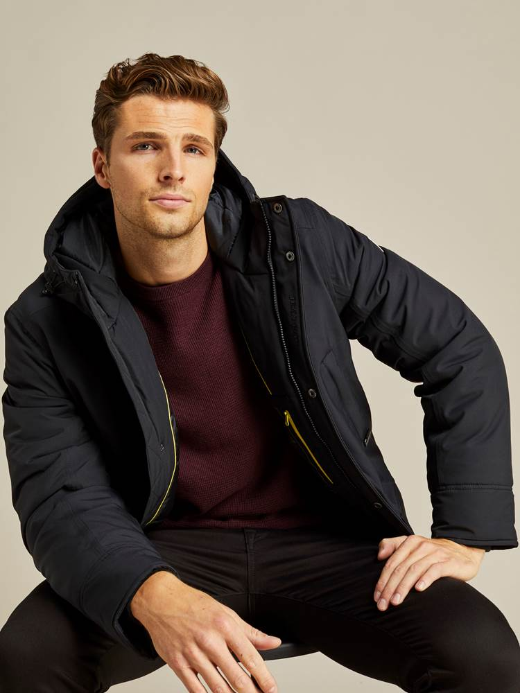 Ombre Parka 7238951_C25-JEANPAUL-A19-Modell-front_17885_Ombre Parka C25.jpg_Front||Front