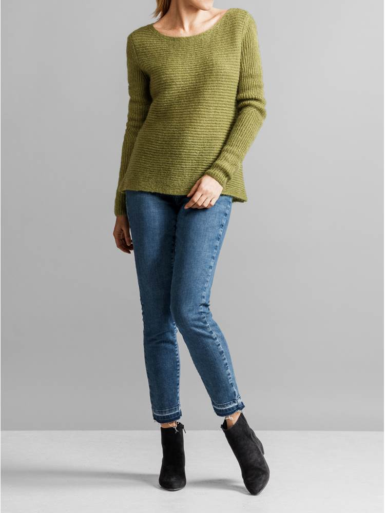 Lucille Genser 7231099_JEAN PAUL_LUCILLE SWEATER_FRONT2_GUG_S_Lucille Genser GUG.jpg_Front||Front
