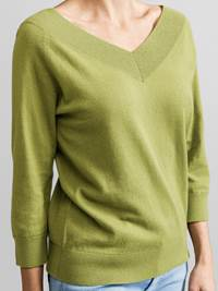 Holiday 2-way Genser 7230513_JEAN PAUL_HOLIDAY 2-WAY SWEATER_DETAIL_S_GUG_Holiday 2-way Genser GUG.jpg_Front||Front